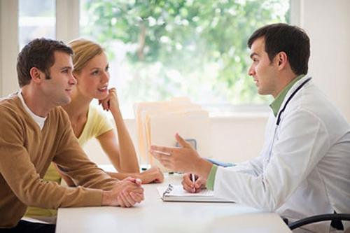 Điều trị tâm lý là phương pháp cần thiết có sự phối hợp của bạn tình