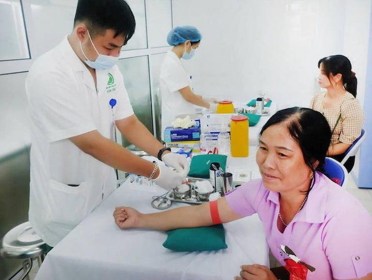 Trung tâm Phụ Khoa Đông y áp dụng nhiều biện pháp hiện đại