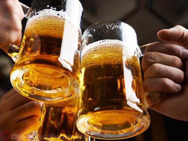 lạm dụng bia rượu là nguyên nhân gây xuất tinh sớm ở thanh niên