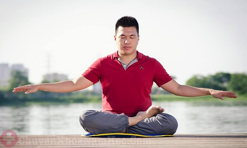 Ngồi thiền giúp tăng cường sinh lý nam giới