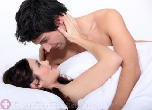 Xuất tinh ngoài là biện pháp tránh thai tự nhiên