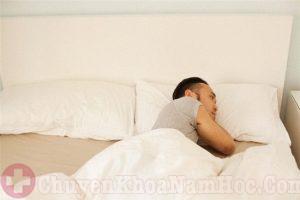 Vợ chồng không nên ngủ riêng sau khi quan hệ