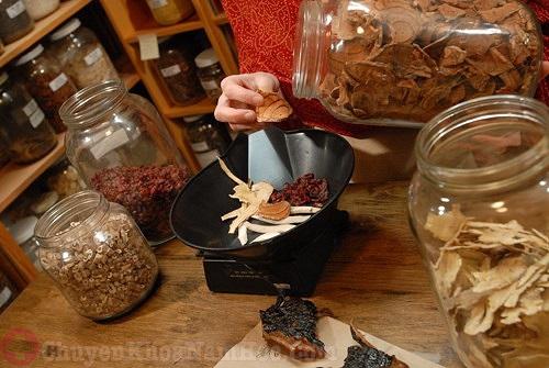 Chữa xuất tinh sớm bằng rễ cau và các vị thuốc khác