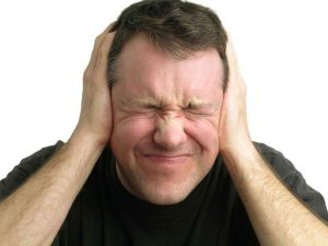 Thận yếu gây ù tai