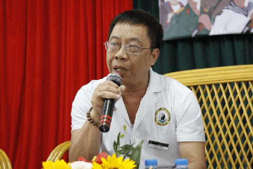 Thầy thuốc ưu tú – Bác sĩ Lê Hữu Tuấn