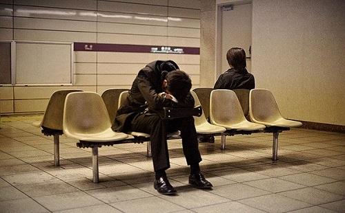 Lao động căng thẳng, suy nghĩ nhiều sẽ gây lao thương tâm tỳ