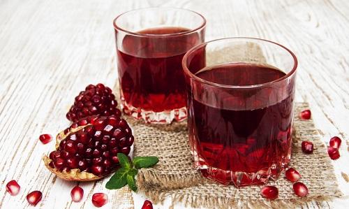 """Nước ép lựu – Rượu vang cho những """"cuộc yêu"""""""